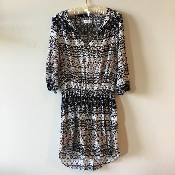 Velvet by Graham & Spencer Dresses & Skirts - Pretty Rayon dress XS Velvet by graham & spencer